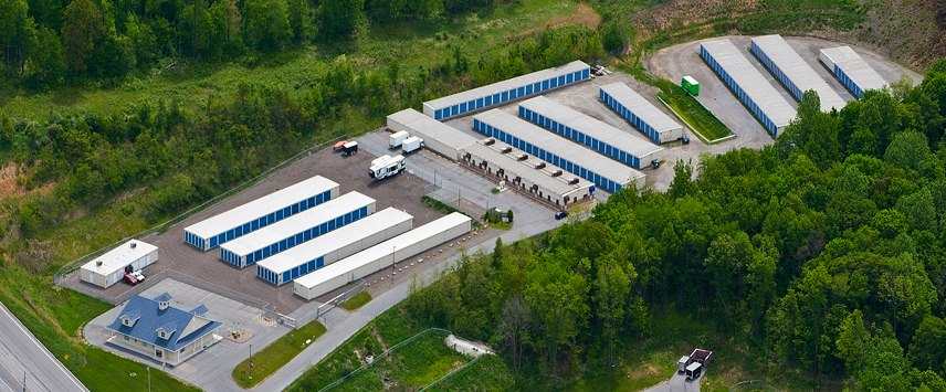 Overhead view of the storage unit lot.